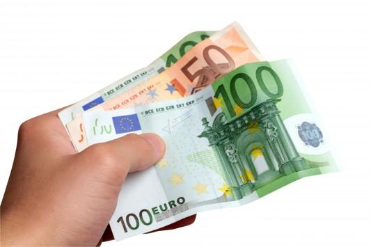 Πότε θα πληρωθεί το Κοινωνικό Εισόδημα Αλληλεγγύης Ιουνίου