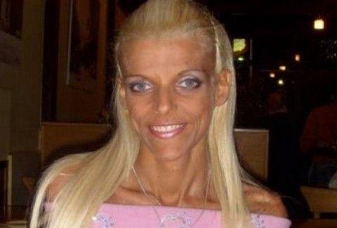 Πέθανε η Νανά Καραγιάννη! Βρέθηκε νεκρή στο διαμέρισμά της