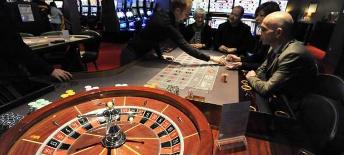 Αποτέλεσμα εικόνας για ελληνες στα καζίνο των Σκοπίων