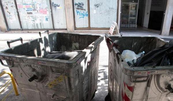 Προσλήψεις εξπρές στους Δήμους για τα σκουπίδια