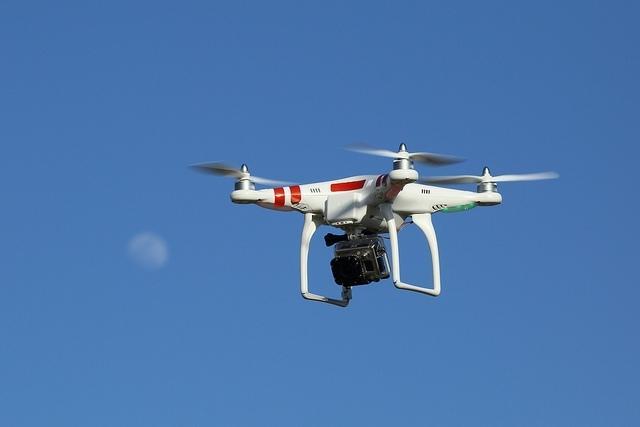 Τα drones θα χρειάζονται πινακίδες κυκλοφορίας