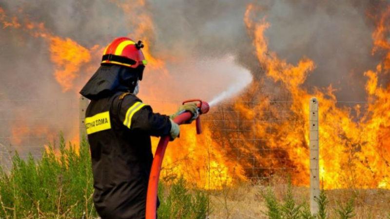 Πρόλαβε φωτιά στο παρά ένα η Πυροσβεστική σε διαμέρισμα στη Λάρισα! ΦΩΤΟ