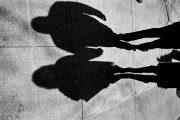 ΖΕΥΓΑΡΙ ΑΠΑΤΕΩΝΩΝ ΣΤΟΝ ΤΥΡΝΑΒΟ ΔΗΛΩΣΕ ΨΕΥΔΩΣ ΠΕΡΙΣΣΟΤΕΡΑ ΠΑΙΔΙΑ