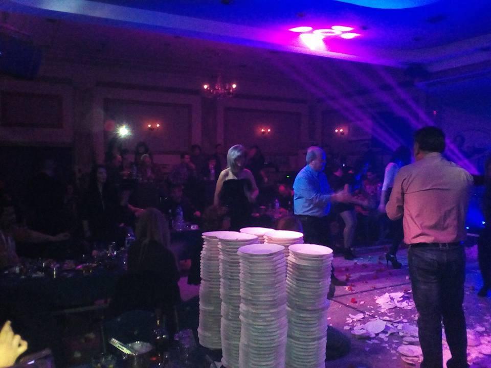 Ξεσήκωσε τον κόσμο της Λάρισας η Κατερίνα Στανίση - Χαμός στο Σύρμα live (Φώτο)