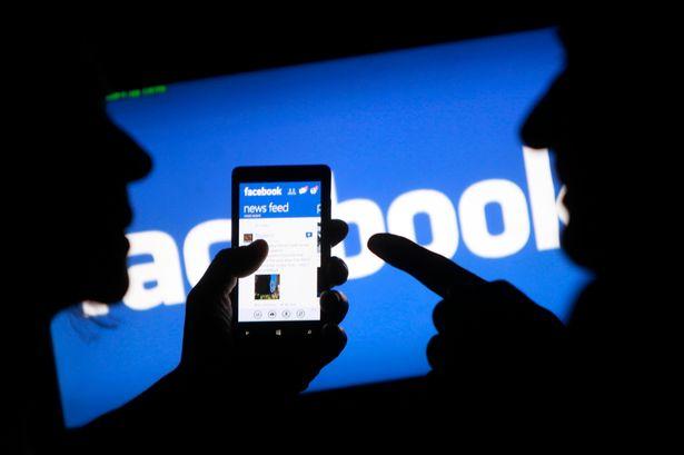 Έξι μήνες φυλακή για μία... φατσούλα στο Facebook