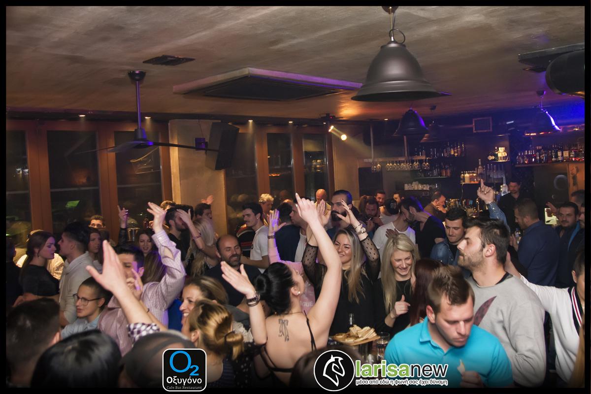 Η πιο καυτή μουσική μάχη στο Οξυγόνο Cafe Bar Restaurant κάθε Κυριακή «2 djs σε μια μάχη με έναν νικητή» 12/03/17 (photos)