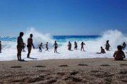 Νέα τραγωδία σε παραλία – Λουόμενη ανασύρθηκε νεκρή