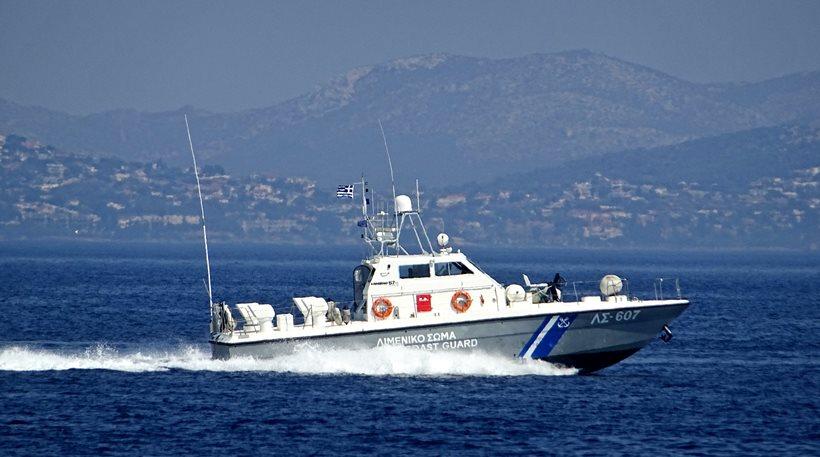 Βρέθηκε πτώμα γυναίκας στη θάλασσα μπροστά από το ΣΕΦ