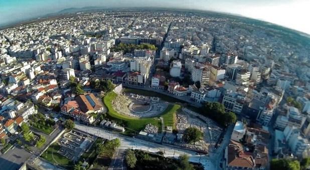 Αυξήθηκαν αγοραστική κίνηση και τζίρος στις γιορτές στην πόλη της Λάρισας