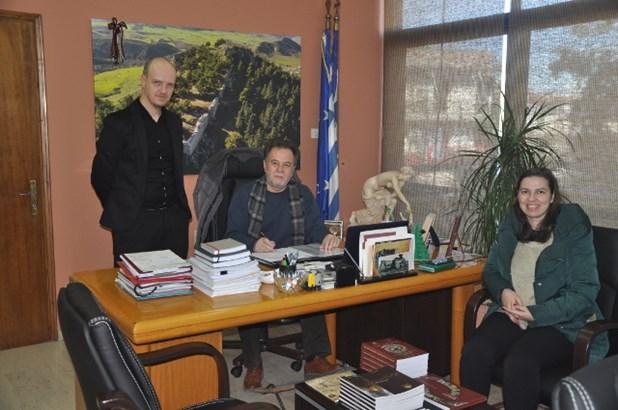 Εργα ανάπλασης στην περιοχή Κατράνα Φαρσάλων