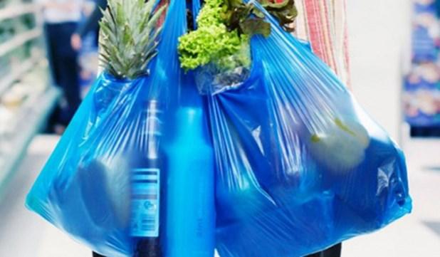 Αυτός είναι ο πρώτος δήμος στην Ελλάδα που καταργεί τις πλαστικές σακούλες