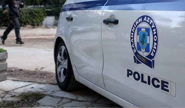 Εκτεταμένη αστυνομική επιχείρηση στον Τύρναβο – Εννέα συλλήψεις