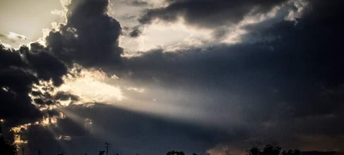 Αστατος ο καιρός σήμερα -Πού θα εκδηλωθούν βροχές και καταιγίδες