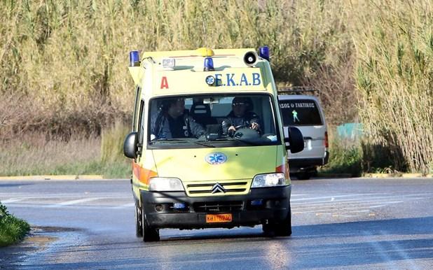 Τροχαίο στο δρόμο Λάρισας - Αγιάς - Στο νοσοκομείο με ελαφρά τραύματα δύο άτομα