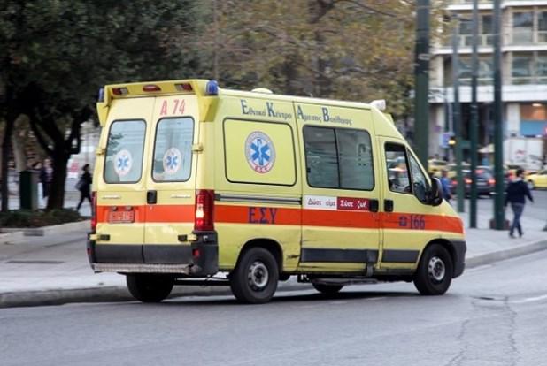 Στο νοσοκομείο οδηγός μηχανής μετά από τροχαίο στην Αγιά