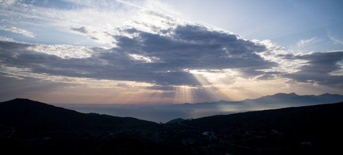 Τοπικές μπόρες σήμερα -Ανεμοι έως 7 μποφόρ στο Αιγαίο