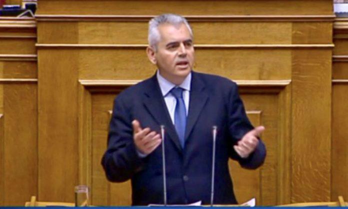 """Χαρακόπουλος: Μείωση στην παραγωγή γάλακτος και ζημιές από την ψυχρή εισβολή της """"Μήδειας"""""""