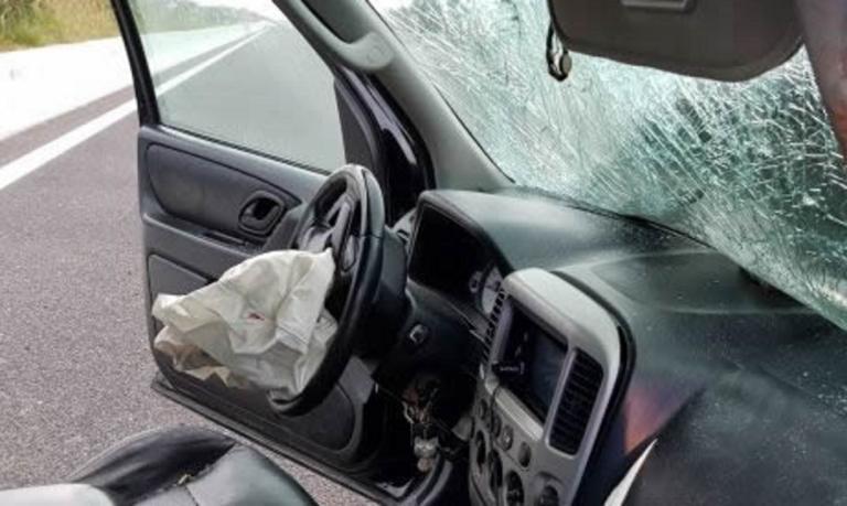 Καβάλα: Ασύλληπτη τραγωδία με 11 νεκρούς σε τροχαίο δυστύχημα – Εικόνες σοκ στο σημείο – Δάκρυσαν οι διασώστες [pics]