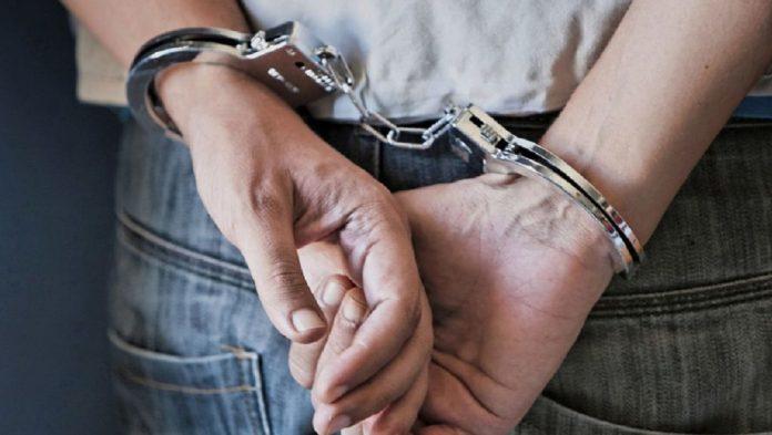 Συνελήφθη στη Λάρισα για εκβίαση και ακάλυπτες επιταγές