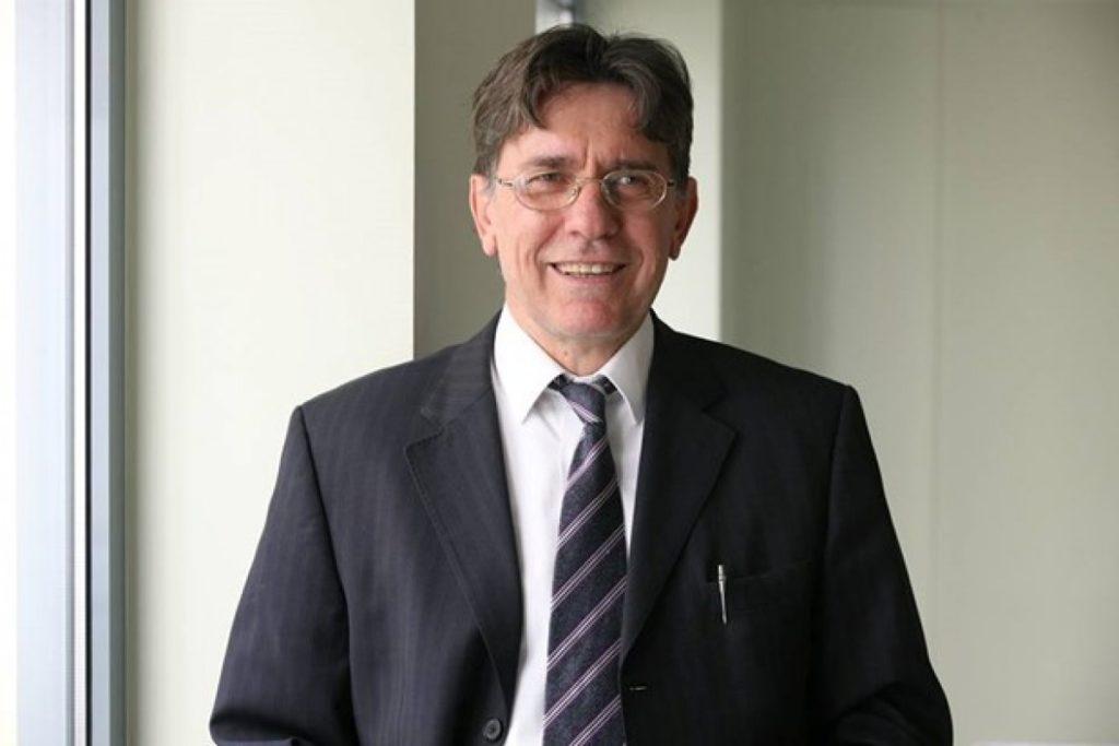 Κόκκαλης και άλλοι πέντε ανεξάρτητοι βουλευτές προσχωρούν στην Κ.Ο. του ΣΥΡΙΖΑ