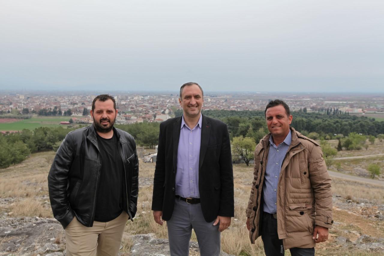 Ανακοίνωση νέων υποψηφίων του συνδυασμού Νέα Δημοτική Κίνηση Τυρνάβου.