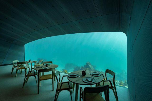 Noρβηγία: 'Aνοιξε τις πύλες του το 1ο υποθαλάσσιο εστιατόριο της Ευρώπης