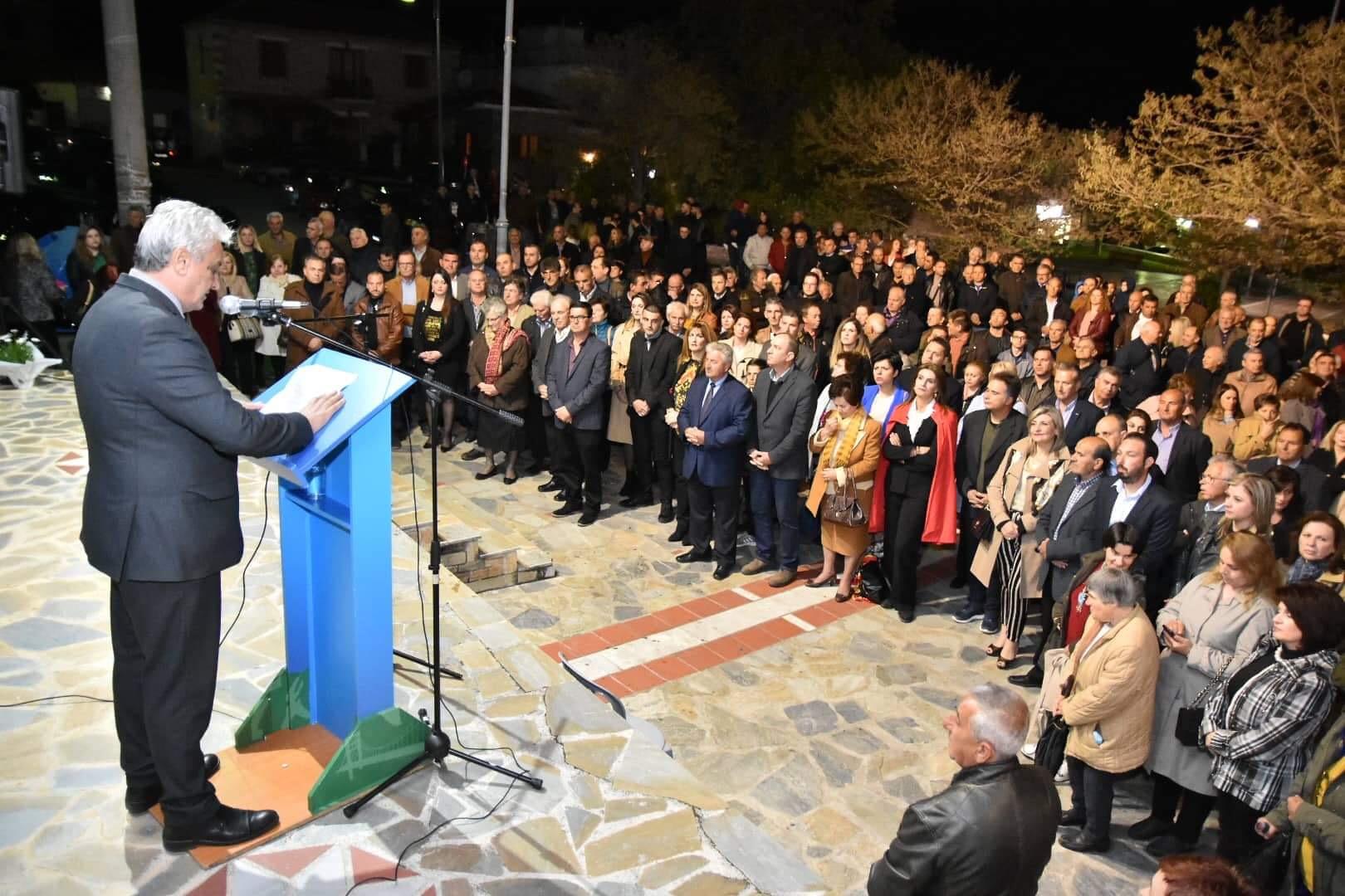 Λαζόπουλος-Ντενίση: Όχι μόνο συμφιλιώθηκαν… έκαναν και κάτι άλλο μαζί (pics)