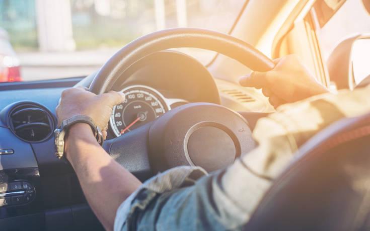 Δίπλωμα οδήγησης: «Το κόστος αυξάνεται κατά 300 ευρώ, φτάνει κοντά στα 1.000 ευρώ»