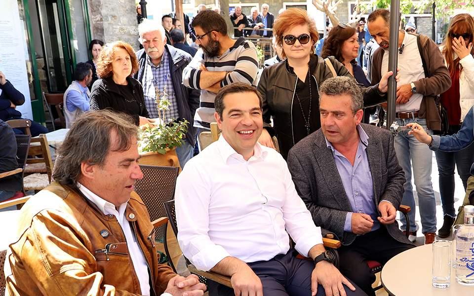 Παντρεύεται γνωστό ζευγάρι της ελληνικής showbiz - Δείτε την αναγγελία του γάμου - ΦΩΤΟ