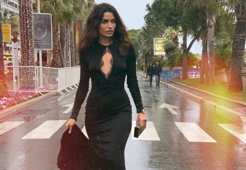 Εντυπωσιάζει με τις εμφανίσεις της η Τόνια Σωτηροπούλου! Δεν λέει να φύγει από τη Γαλλική Ριβιέρα [pics,video]