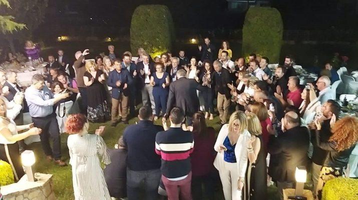 Τρικούβερτο γλέντι στην οικία Νασιακόπουλου – Ποιο ζεϊμπέκικο χόρεψε ο δήμαρχος; (ΦΩΤΟ-ΒΙΝΤΕΟ)