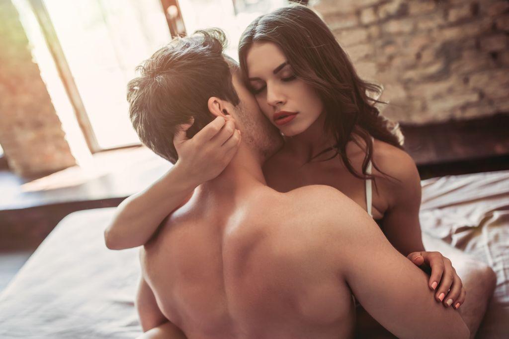 Καλύτερο σεξ: Απογειώστε το πάθος στη σχέση σας