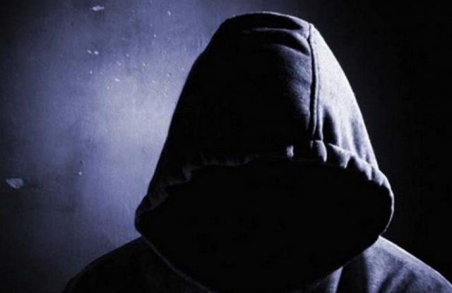 Συνελήφθη και οδηγήθηκε στην ψυχιατρική κλινική ο άντρας που επιτέθηκε με ξύλο σε Βολιώτισσα