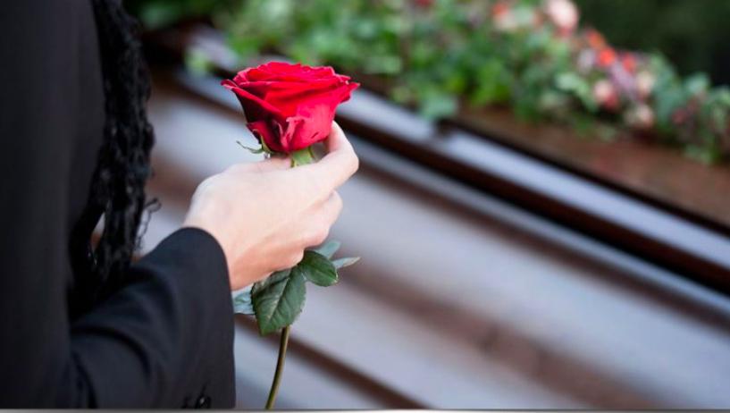 Πέντε κηδείες σήμερα στη Λάρισα