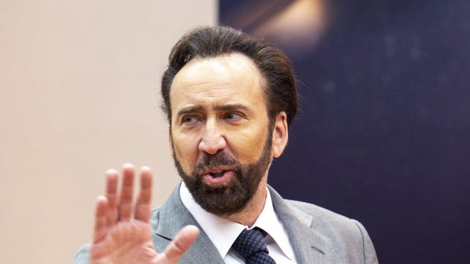 Ρώσοι ρασοφόροι προκάλεσαν αναστάτωση σε κασταστήματα της Καλαμπάκας