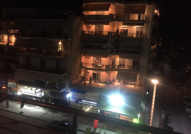 Λάρισα: Έτσι επιχείρησε το «στρατηγείο» τροφοδοσίας του δήμου στη καραντίνα της Ν. Σμύρνης (βίντεο)