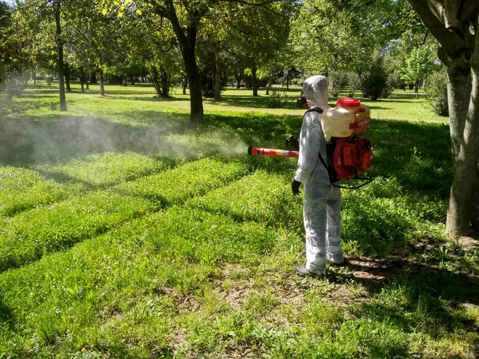Άρχισε η μάχη με τα… κουνούπια στα Τρίκαλα!