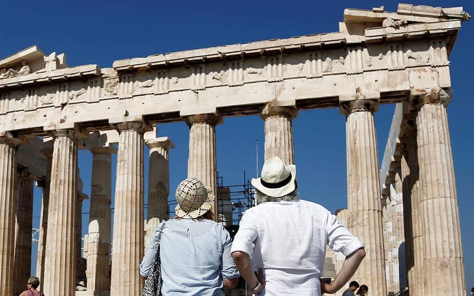 ΗΠΑ, Ρωσία, Βρετανία αντιστοιχούν στο 20% του ελληνικού τουρισμού