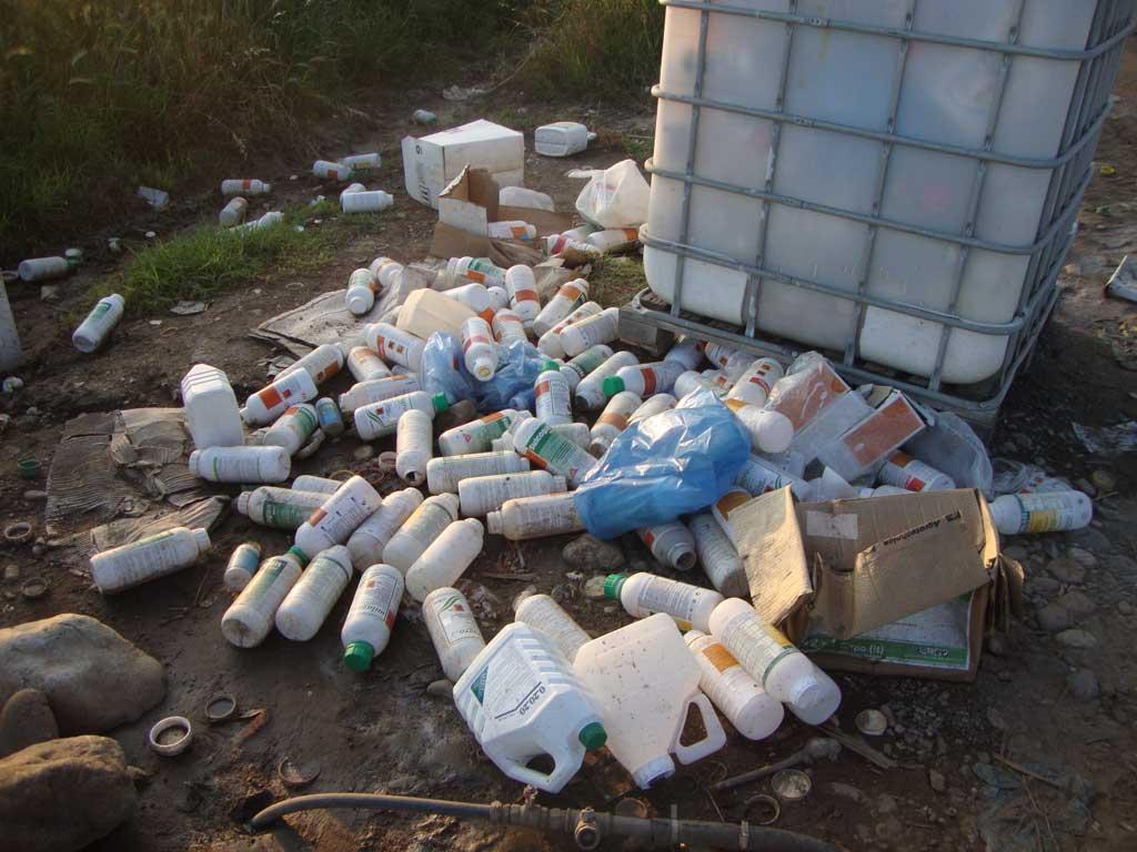 Τόνους πλαστικών συσκευασιών φυτοφαρμάκων παρέδωσαν οι αγρότες στην ΠΕ Λάρισας