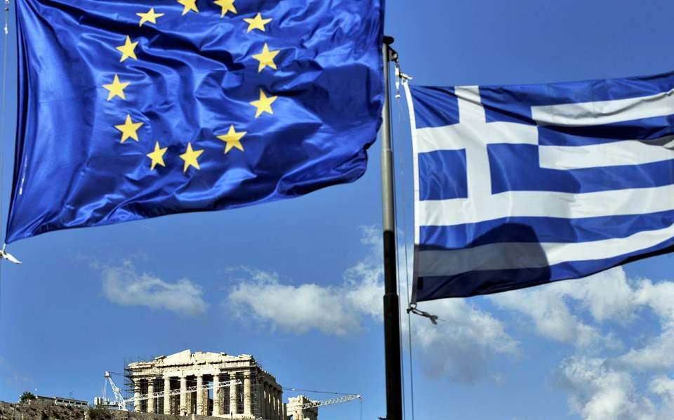 Απίστευτο κι όμως ελληνικό: Κανείς δεν πληρώνει τα πρόστιμα για τον κοροναϊό