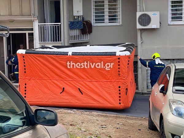 Θεσσαλονίκη: 25χρονος απειλεί να βουτήξει στο κενό από ταράτσα πολυκατοικίας