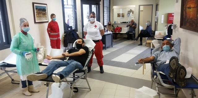 Αιμοδοσία πραγματοποιήθηκε στη Νίκαια με πρωτοβουλία του συλλόγου αιμοδοτών «ο Άγιος Σπυρίδων» και του συλλόγου νεολαίας Νίκαιας