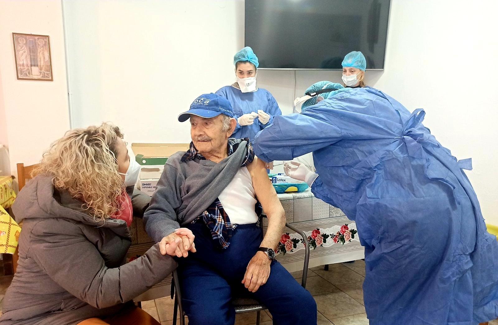 Δείτε πόσα άτομα εμβολιάστηκαν στην Λάρισα μέχρι τώρα