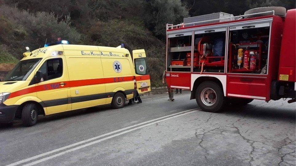 Λάρισα: Τα πρώτα περιστατικά του 2021 σε Πυροσβεστική και ΕΚΑΒ