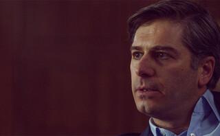 Χάρης Σώζος: «Ευτυχώς που φορούσε κράνος» λέει ο γιος του ηθοποιού για το τροχαίο