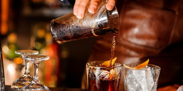 Λαμπερά εγκαίνια στο Franklin Coffee House στον κόμβο του Αγίου Αχιλλείου Δείτε (φωτογραφίες κ βίντεο)