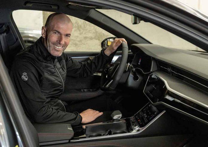 Οι αστέρες της Ρεάλ Μαδρίτης παραλαμβάνουν τα νέα τους Audi