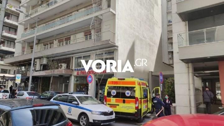 Τραγωδία στη Θεσσαλονίκη: Έπεσε από τον έβδομο όροφο και σκοτώθηκε - ΦΩΤΟ - ΒΙΝΤΕΟ