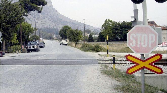 Προβλήματα με οδοφράγματα καταγγέλλουν οι μηχανοδηγοί στα δρομολόγια Βόλου - Λάρισας