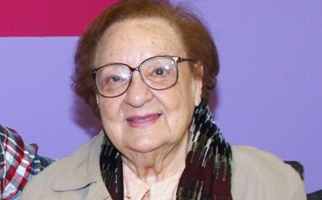 Σπύρος Μπιμπίλας για Ροζίτα Σώκου: Στα 98 της μας απαγγέλλει για τον έρωτα